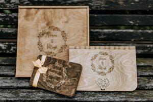 zestaw ślubny drewniany